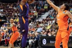 WNBA-Connecticut-Sun-79-vs.-Phoenix-Mecury-64-33