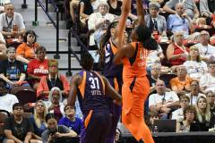 WNBA-Connecticut-Sun-79-vs.-Phoenix-Mecury-64-34