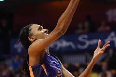 WNBA-Connecticut-Sun-79-vs.-Phoenix-Mecury-64-48