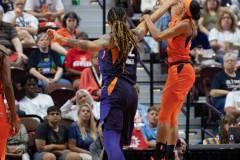 WNBA-Connecticut-Sun-79-vs.-Phoenix-Mecury-64-52