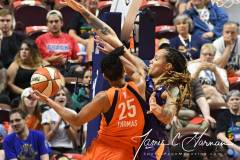 WNBA-Connecticut-Sun-79-vs.-Phoenix-Mecury-64-54
