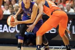WNBA-Connecticut-Sun-79-vs.-Phoenix-Mecury-64-58