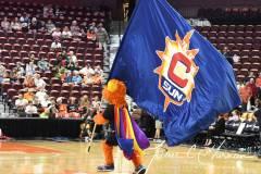 WNBA-Connecticut-Sun-79-vs.-Phoenix-Mecury-64-7