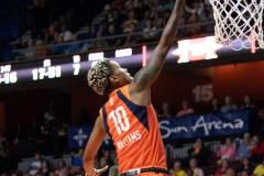 WNBA-Connecticut-Sun-79-vs.-Phoenix-Mecury-64-74