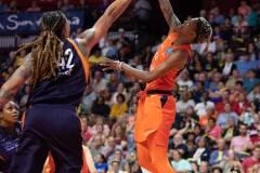 WNBA-Connecticut-Sun-79-vs.-Phoenix-Mecury-64-78