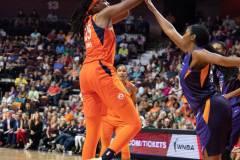 WNBA-Connecticut-Sun-79-vs.-Phoenix-Mecury-64-80