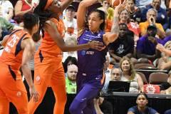 WNBA-Connecticut-Sun-79-vs.-Phoenix-Mecury-64-83