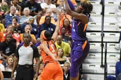 WNBA-Connecticut-Sun-79-vs.-Phoenix-Mecury-64-85