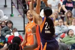 WNBA-Connecticut-Sun-79-vs.-Phoenix-Mecury-64-86