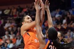 WNBA-Connecticut-Sun-79-vs.-Phoenix-Mecury-64-89