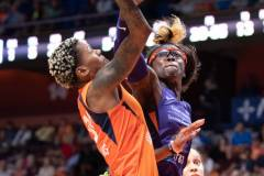 WNBA-Connecticut-Sun-79-vs.-Phoenix-Mecury-64-90