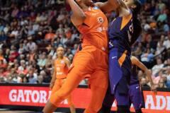 WNBA-Connecticut-Sun-79-vs.-Phoenix-Mecury-64-92