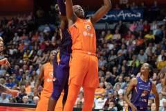 WNBA-Connecticut-Sun-79-vs.-Phoenix-Mecury-64-94