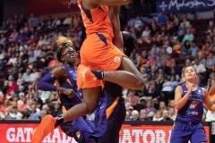 WNBA-Connecticut-Sun-79-vs.-Phoenix-Mecury-64-95