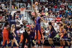 WNBA-Connecticut-Sun-79-vs.-Phoenix-Mecury-64-99