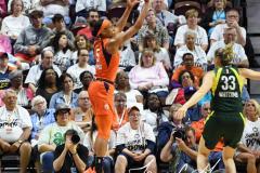 WNBA - Connecticut Sun 81 vs. Seattle Storm 67 (40)
