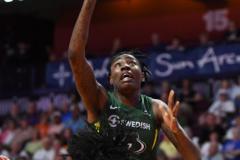 WNBA - Connecticut Sun 81 vs. Seattle Storm 67 (41)