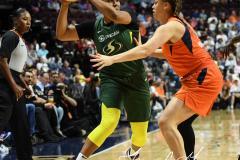 WNBA - Connecticut Sun 81 vs. Seattle Storm 67 (48)