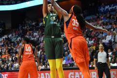WNBA - Connecticut Sun 81 vs. Seattle Storm 67 (62)