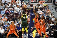 WNBA - Connecticut Sun 81 vs. Seattle Storm 67 (76)
