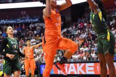 WNBA - Connecticut Sun 81 vs. Seattle Storm 67 (81)
