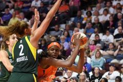 WNBA - Connecticut Sun 81 vs. Seattle Storm 67 (93)