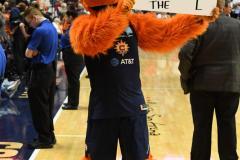 WNBA - Connecticut Sun 81 vs. Seattle Storm 67 (98)