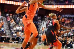 WNBA - Connecticut Sun 83 vs. Washington Mystics 75 (15)