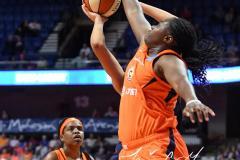 WNBA - Connecticut Sun 83 vs. Washington Mystics 75 (69)