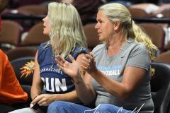 WNBA - Connecticut Sun 83 vs. Washington Mystics 75 (73)