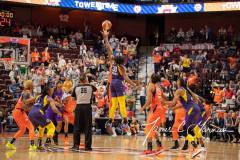 WNBA-Connecticut-Sun-84-vs.-Los-Angeles-Sparks-75-13