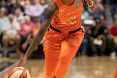 WNBA-Connecticut-Sun-84-vs.-Los-Angeles-Sparks-75-15