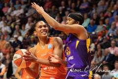 WNBA-Connecticut-Sun-84-vs.-Los-Angeles-Sparks-75-19