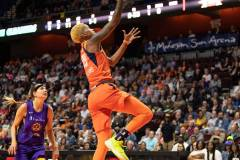 WNBA-Connecticut-Sun-84-vs.-Los-Angeles-Sparks-75-32