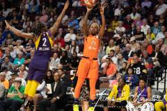 WNBA-Connecticut-Sun-84-vs.-Los-Angeles-Sparks-75-39