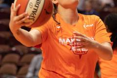 WNBA-Connecticut-Sun-84-vs.-Los-Angeles-Sparks-75-5