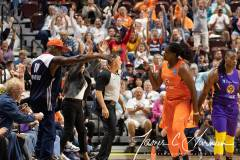 WNBA-Connecticut-Sun-84-vs.-Los-Angeles-Sparks-75-62