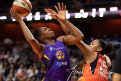 WNBA-Connecticut-Sun-84-vs.-Los-Angeles-Sparks-75-70