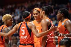 WNBA-Connecticut-Sun-84-vs.-Los-Angeles-Sparks-75-71