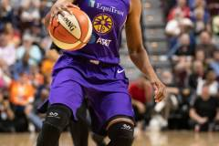WNBA-Connecticut-Sun-84-vs.-Los-Angeles-Sparks-75-72