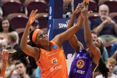 WNBA-Connecticut-Sun-84-vs.-Los-Angeles-Sparks-75-83