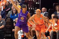 WNBA-Connecticut-Sun-84-vs.-Los-Angeles-Sparks-75-90