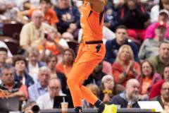 WNBA-Connecticut-Sun-84-vs.-Los-Angeles-Sparks-75-97