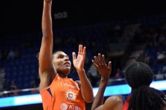 WNBA - Connecticut Sun 84 vs. Washington Mystics 69 (72)