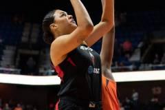 WNBA-Connecticut-Sun-89-vs.-Las-Vegas-Aces-85-11
