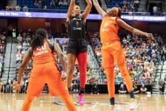 WNBA-Connecticut-Sun-89-vs.-Las-Vegas-Aces-85-14