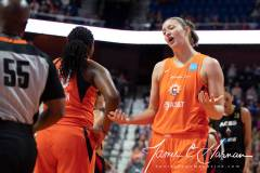 WNBA-Connecticut-Sun-89-vs.-Las-Vegas-Aces-85-24