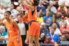 WNBA-Connecticut-Sun-89-vs.-Las-Vegas-Aces-85-31