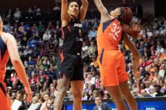 WNBA-Connecticut-Sun-89-vs.-Las-Vegas-Aces-85-32