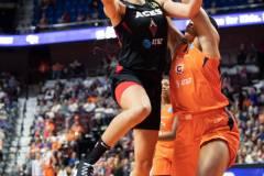 WNBA-Connecticut-Sun-89-vs.-Las-Vegas-Aces-85-39